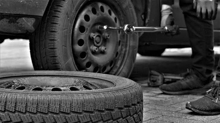 How do I know when my car needs new tires?